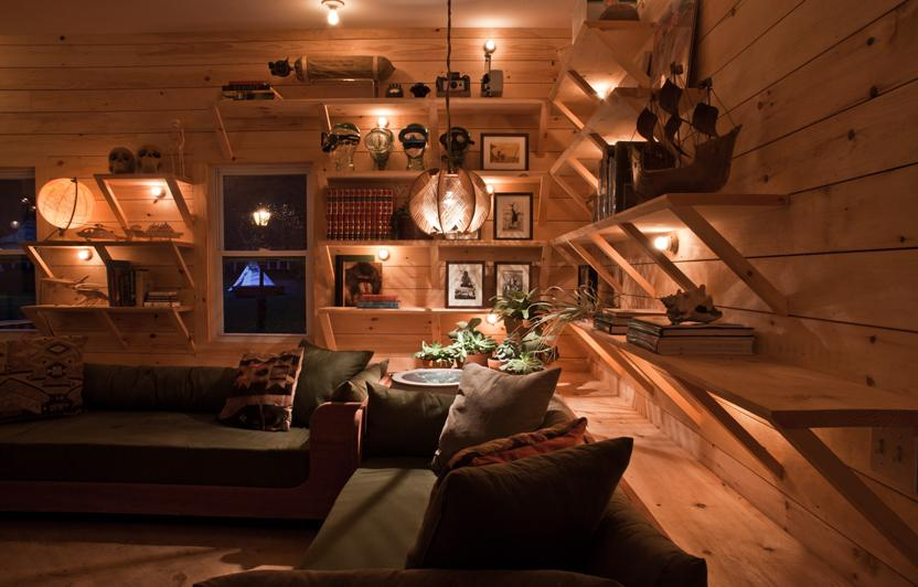INTERIOR LOBBY / SURF COLLECTIVE NYC